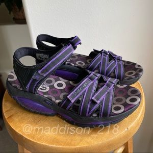 SKECHERS Shape Ups Adjustable Velcro Sandals 7